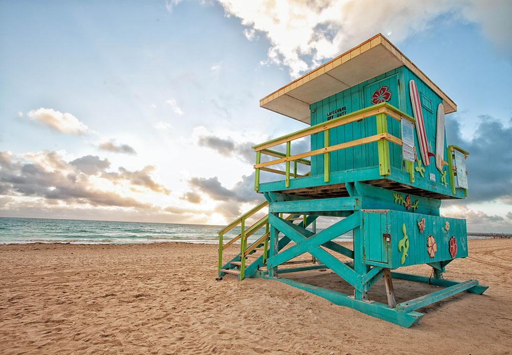 Steven Hodel Photography - Art Deco Lifeguard Stand Miami Beach